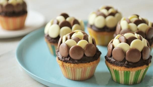 Chocolate fairy cakes |      Cute as buttons and tasty too, these fairy cakes are children-friendly: easy, light on washing up and made in minutes.