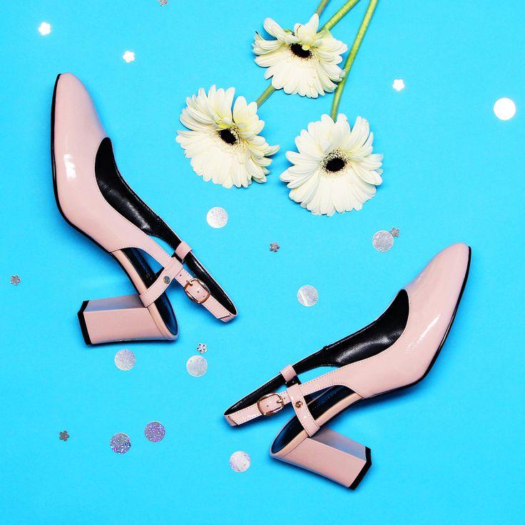 Обувь с открытой пяткой –модный тренд теплого сезона 2017😊 Очаровательные туфельки с элегантным ремешком придадут вашему образу неповторимую женственность! Арт: VS56-094388 #respectshoes #iloverespect #shoes #ss17 #shopping #обувьреспект #шоппинг #мода #весна #веснавrespectshoes