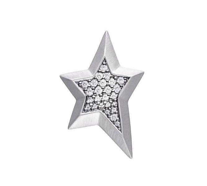 STORY charm i fedt stjerne design med funklende zirkonia sten. Et super fedt charm der vil blive lagt mærke til! #story #storycharm