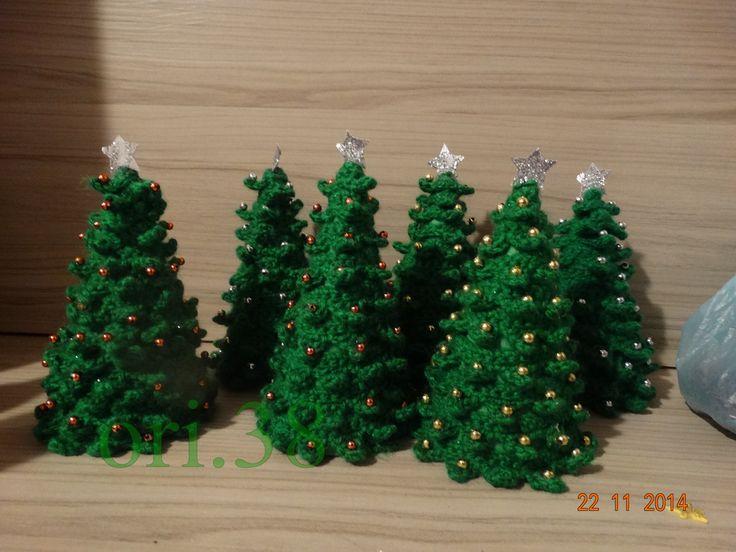 arboles navideños a ganchillo