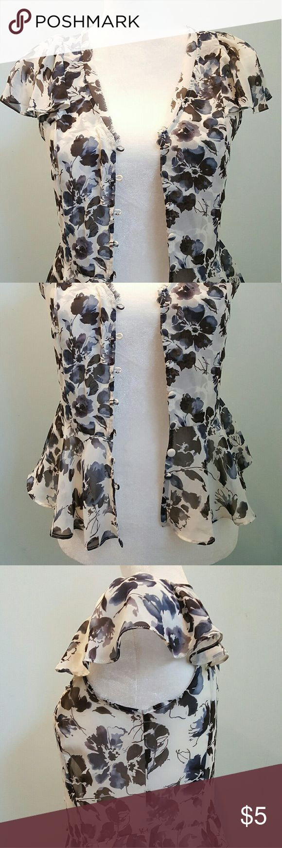 Chiffon floral peplum blouse This floral blouse is really light weight. The peplum hem makes it looks cute and girly. Elle Tops Blouses