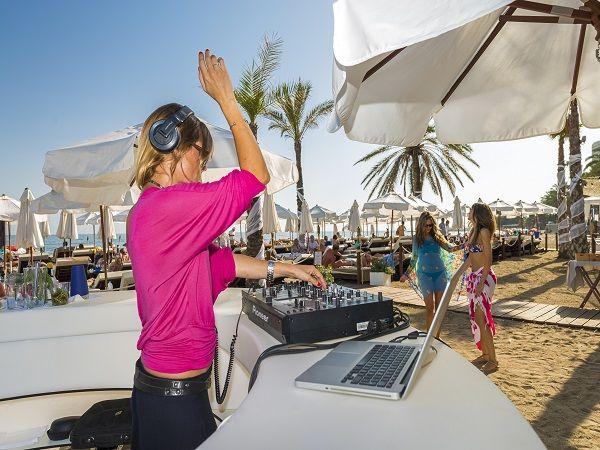amare-marbella-beach-dj-2