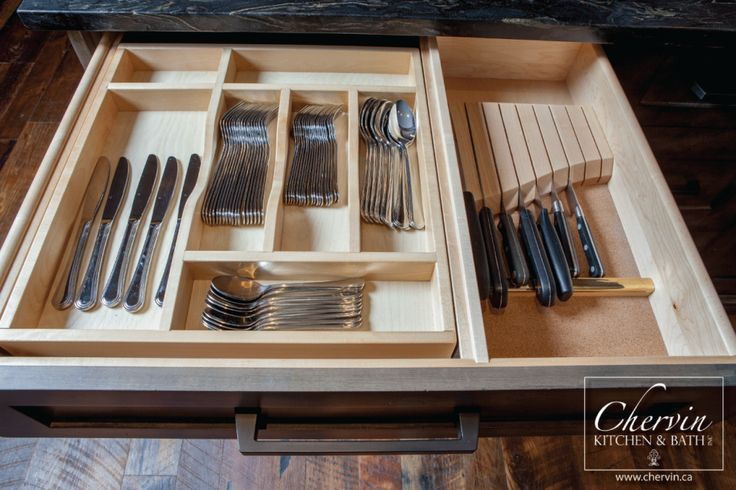 Knife block and two tier cutlery tray? Yes please! #kitchenorganization