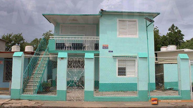 Hostal Ada y Fernando (Trinidad), casa de familia a 50 m de la estación del tren colonial