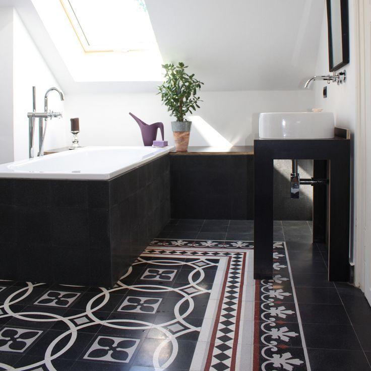 Ein Modernes Badezimmer Mit Terrazzoplatten Von VIA Platten U2013  Geschmackvolle Fliesen Im Bad