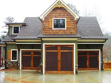 Plan 92369mx 3 car rustic garage with living above for Garage with living area
