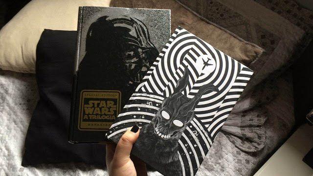 """Saleta de Leitura: Resenhas - """"Star Wars: A Trilogia"""", e """"Donnie Dark..."""