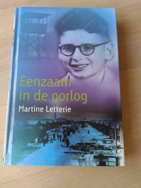 Martine letterie heeft zich gebaseerd op de  oorlogsherinneringen van Ed van Thijn. boeiend verhaal in opdracht geschreven van het  herinneringscentrum Kamp Westerbork.  Voor ongeveer 10 jr e.o. 16/53