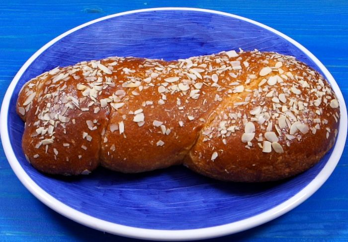 Tsoureki: Greek Sweet Bread Recipe