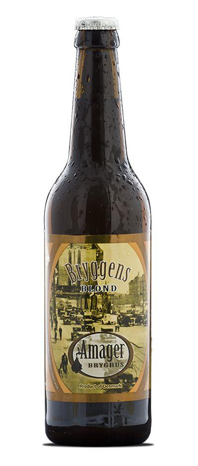 Bryggens Blond / Indrømmet, det var sgu' svært, men gode venner af bryghuset spurgte til en sådan øl, og at det er lykkedes, er vi egentlig ret stolte af. Det, vi er lykkedes med, er for første gang at fremstille en øl, der ikke allerede fra første slurk overfalder dine smagsløg med hvinende humlebitterhed og oceaner af alkohol. Bryggens Blond er nok mest en øl, der med sin blide fremtoning mere appellerer til det eftertænksomme segment end til garvede, hærdede ølentusiaster. I glasset…
