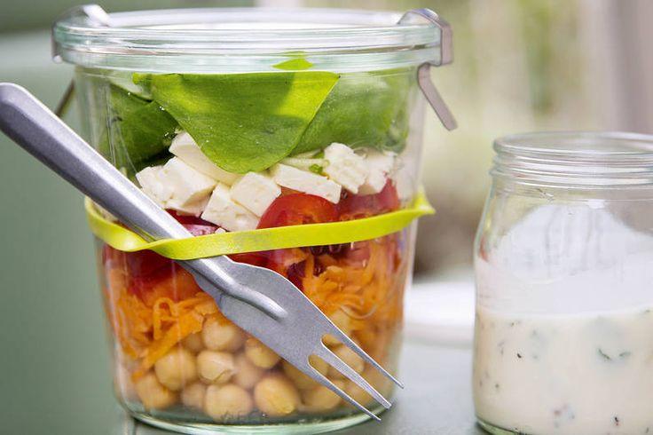 Das Rezept für Rainbow-Salat mit allen nötigen Zutaten und der einfachsten Zubereitung - gesund kochen mit FIT FOR FUN