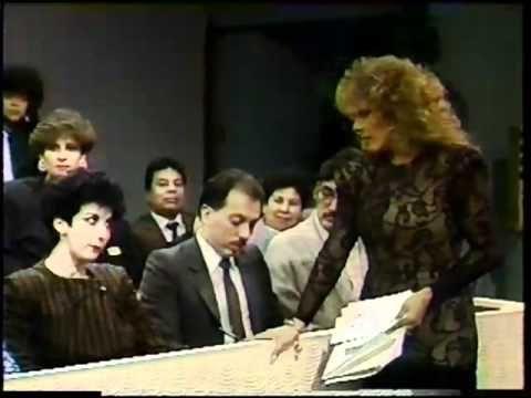 """1989 - """"Aquí está"""" - Guillermo Capetillo nello show di Verónica Castro"""