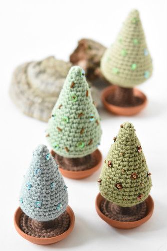 amigurumi-free-pattern-christmas-tree-3