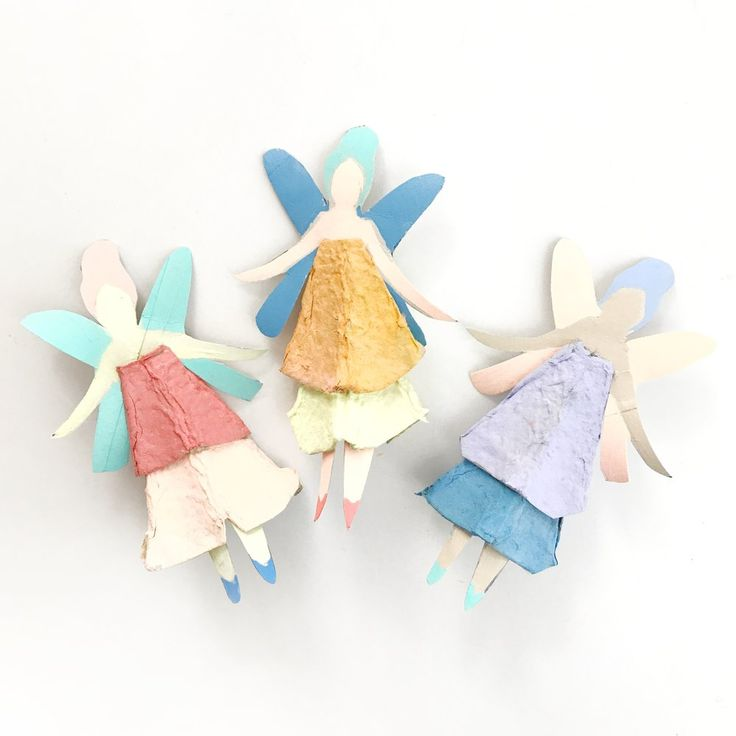 Some things have to be believed t o be seen.- Madeleine L'engleThe girls and I have been so happy to see the endless stream of egg carton mermaid dolls that are being created and shared on the interwebs. Never in our wildest dreams did we expect that the result of our sleepy Saturday mor