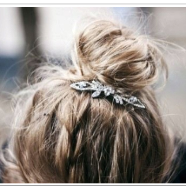 TopknotHair Piece, Messy Hair, Hair Clips, Vintage Pin, Vintage Brooches, Messy Buns, Hair Accessories, Hairclips, Hair Buns