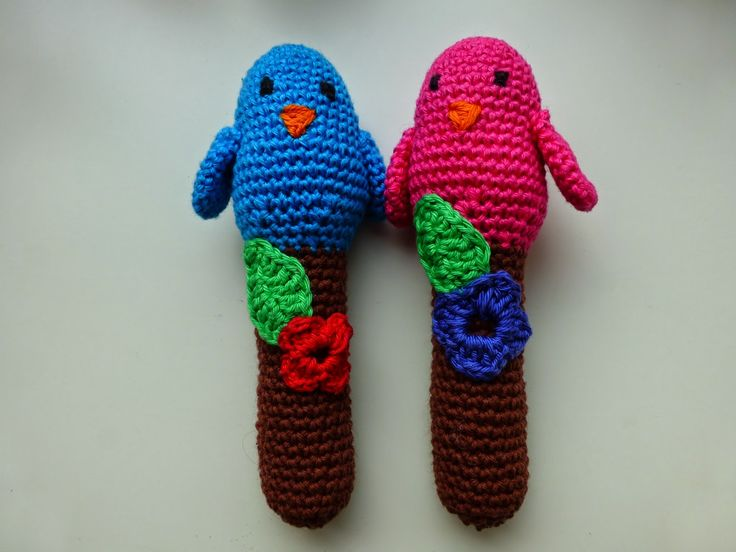 Free Crochet Pattern Baby Rattle : 134 best images about Crochet - Baby Rattles ! on ...