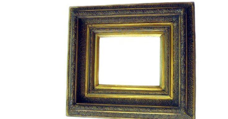 Cómo hacer marcos para fotos hechos de cartón . Cómo hacer marcos para fotos hechos de cartón. Este marco es fácil de hacer y puede ser decorado tan simple o elaborado como tu quieras.