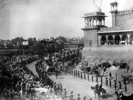 The Sabzi Mandi, or vegetable wholesale market, was located beyond the city wall, along the Grand Trunk Road to Punjab. British forces tore down walls and buildings in the area after rebels attacked during the Indian Mutiny of 1857.Historical and amazing photos of Delhi - Rediff.com Business