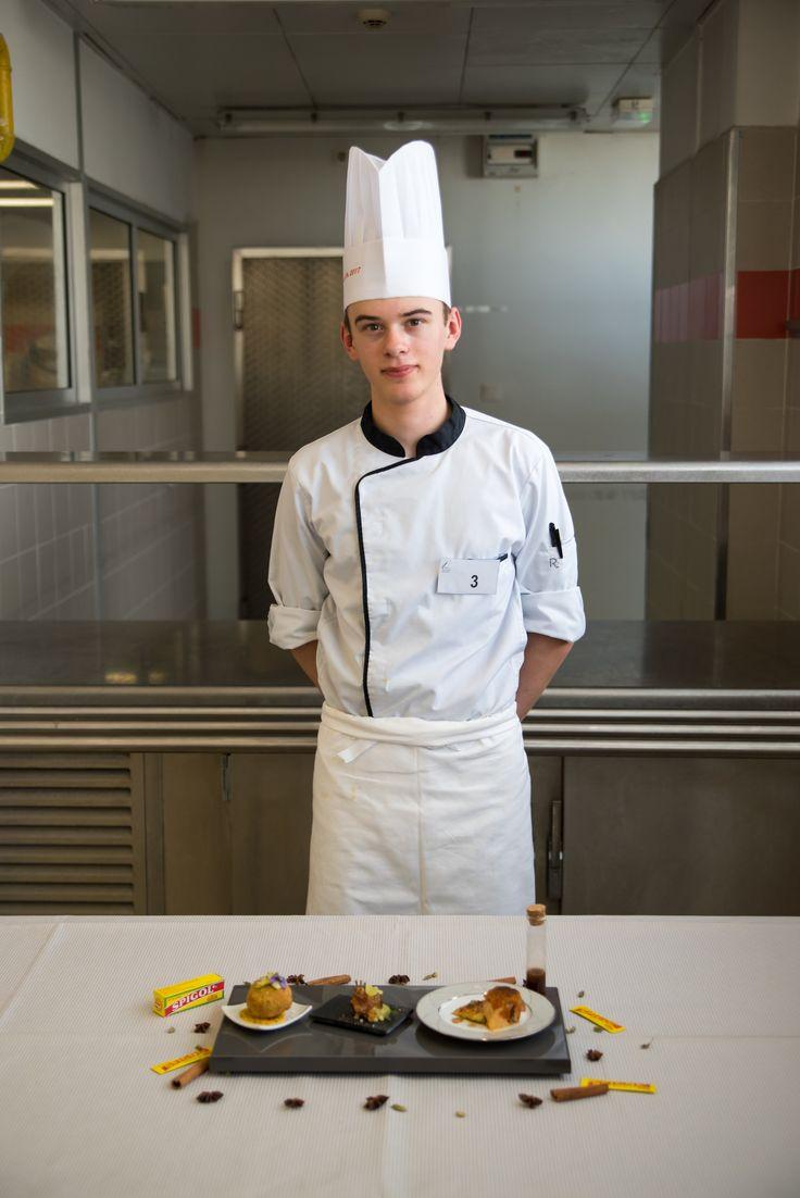 Robin Leloup, lycée Les Portes de Chartreuse, Voreppe (Isère) : lapin Rex du Poitou en trois services : épaule et cuisse, curry et Spigol ; carré et coriandre ; râble et paprika.