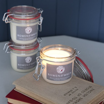 Handmade Soya Candle, Scented with White Fig & Pomegranate