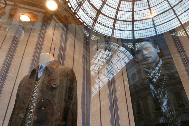 Shopping Milano - Reflections