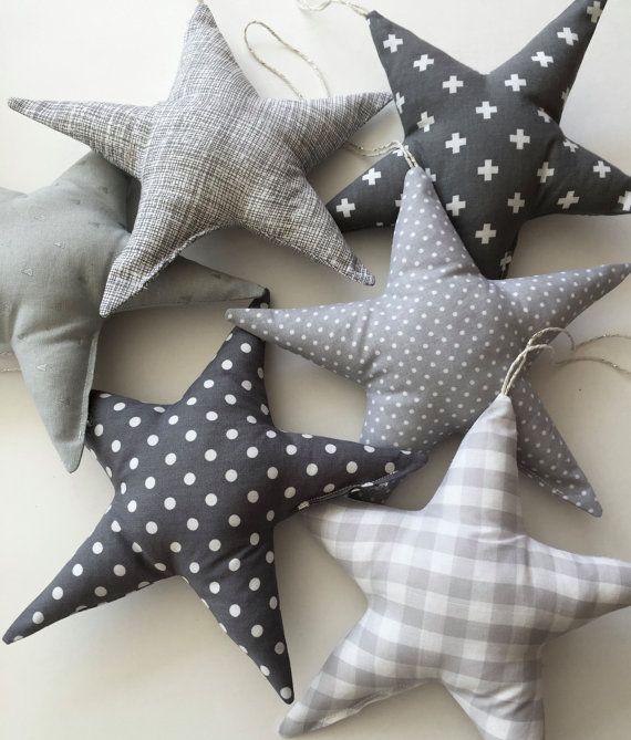 pin de raquel cerdan en my baby pinterest anuncios estrella y gris. Black Bedroom Furniture Sets. Home Design Ideas