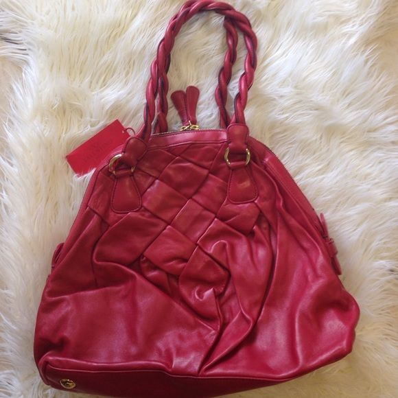 Sale Valentino dome purse! NWT 100% authentic Valentino purse in an elegant red color with gold hardware. Beautiful soft buttery leather. Valentino Bags #valentinopurse