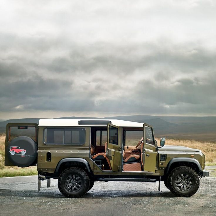 #LandRover Defender by Kahn Design