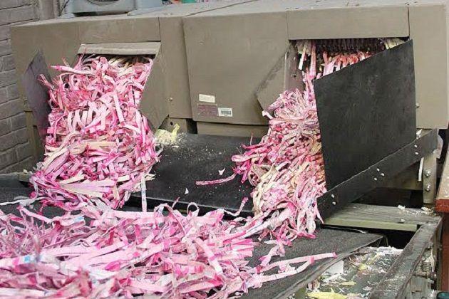 El consejero presidente, Ramón Hernández, informó que serán destruidos 343 paquetes del Proceso Electoral Extraordinario y 3 mil 744 del Proceso Ordinario por la empresa Ecoenlace, de origen michoacano, la ...