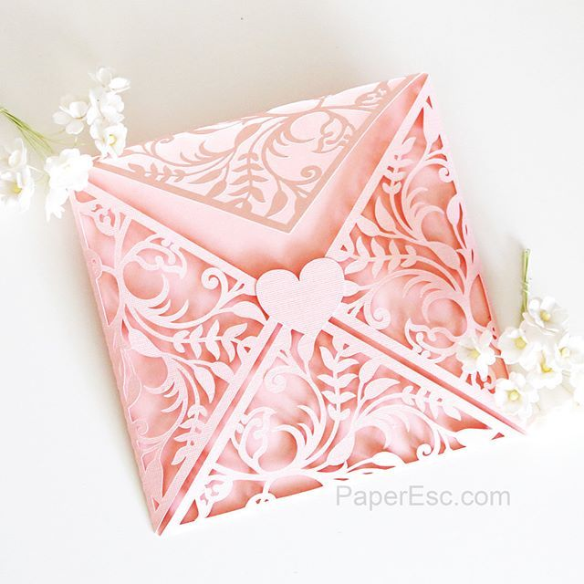Easy crafting time with my #silhouettecameo #envelope #pink #heart #leaf #creative #handmade #papercrafting #diy #card #cards #cardmaking #papercraft #papercut