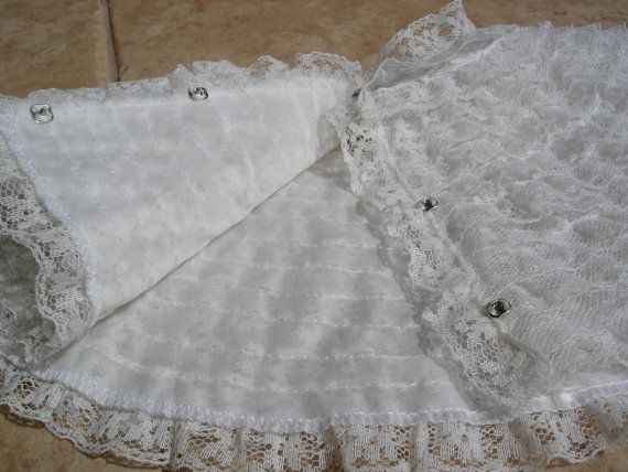 Vintage French Ruffle White Lace Collar by FemmeFatalFashion