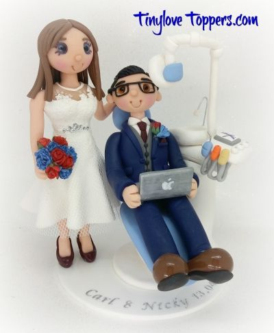 wedding cake toppers that look like bride and groom 17 best ideas about dentist cake on dental 26608