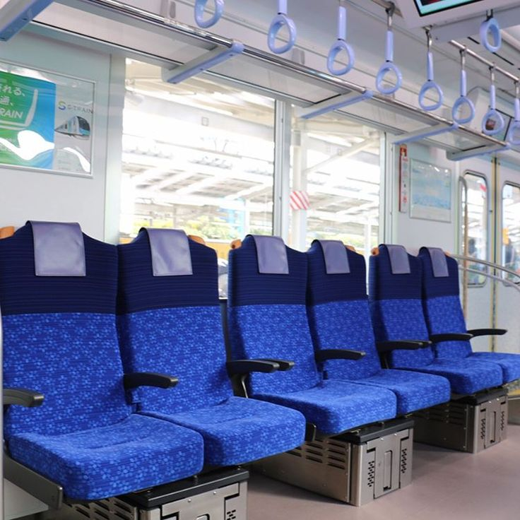 いいね!229件、コメント6件 ― @jyun_614_si20のInstagramアカウント: 「西武40000系の車内。西武鉄道初採用の物が多いです。シートは思ったより座り心地が良かった😊 #西武鉄道#西武40000系#40000系#Sトレイン#お披露目イベント#電車#鉄道#鉄道写真#撮り鉄」