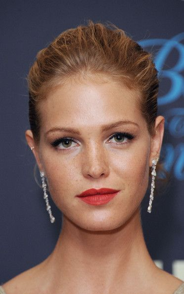 Erin Heatherton Bobby Pinned Updo - Erin Heatherton pinned back her blonde locks into a classic pinned updo at the Behind the Candelabra' after party in Cannes.