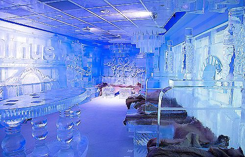 Minus5 ice Bar in Mandalay Bay, Las Vegas. Everything is made on ice even the drinks are serve in a ice in form of glass awesome.