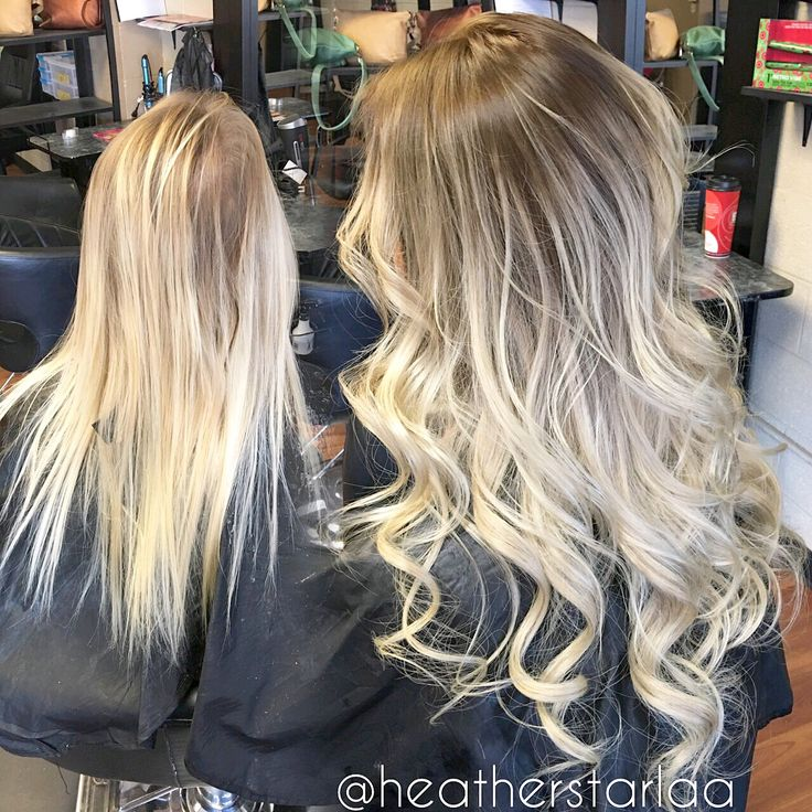 Rooted platinum blonde balayage. With tape in extensions. Curled hair. Rooted balayage. Blonde balayage.