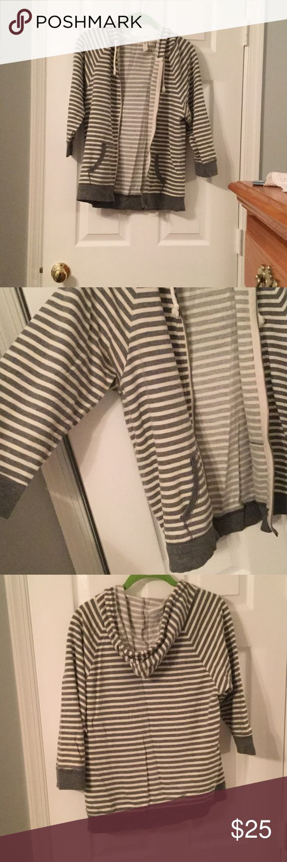 Fashionable 3/4 sleeve striped zip up Super cute lightweight zip up! Perfect for any day out including a coverup at the beach! ⭐️PRICE IS NEGOTIABLE⭐️ GAP Tops Sweatshirts & Hoodies