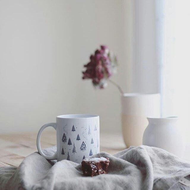 Menudo descontrol tenemos hoy con el cambio de hora. Que paséis buena tarde!  __________________________________________ #art#beautiful#vintage #romantic #retro #beauty #flower #flowers #love #agameoftones #styling #propstylers #foodlovers #pottery #gottalove_a_ #antiques_r_us #ir_life_time #tealover #tea #teacups #teacup #coffecups #coffee #coffelover