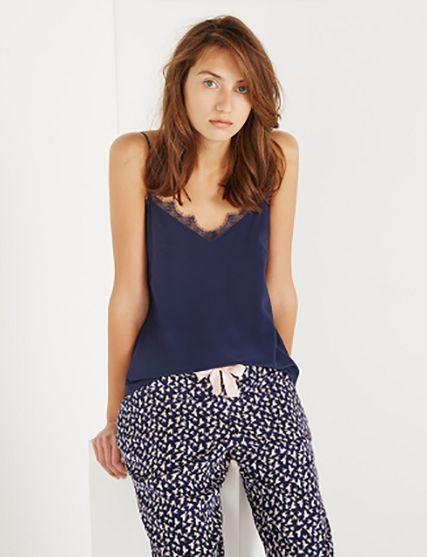 les 25 meilleures id es concernant pyjama femme sur pinterest pyjamas des femme pyjamas pour. Black Bedroom Furniture Sets. Home Design Ideas