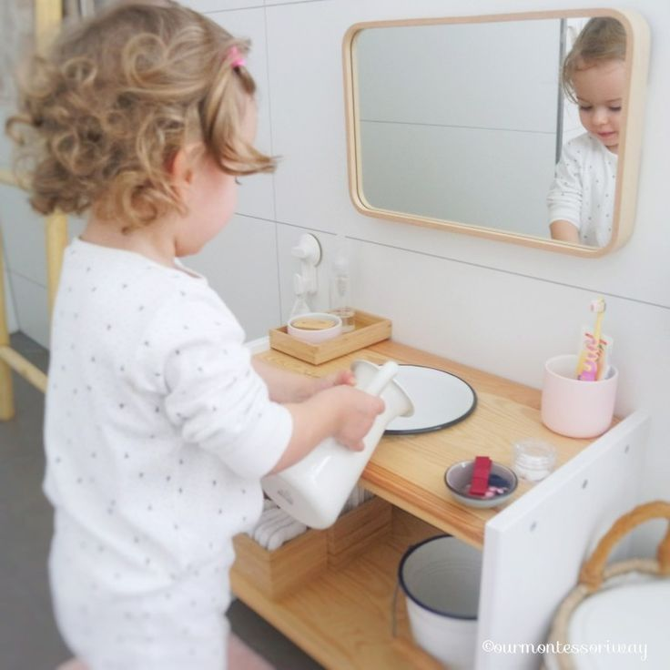 Cosima's morning toilet with 22 months – a photo story