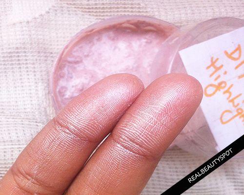 DIY Cream Highlighter For The Face
