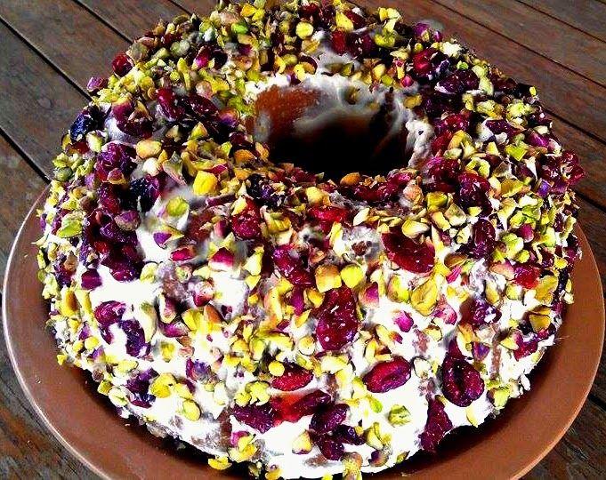 Μμμμμμμμμμμμ...: Κέικ με κράνμπερι (cranberries) και φιστίκια Αιγήν...