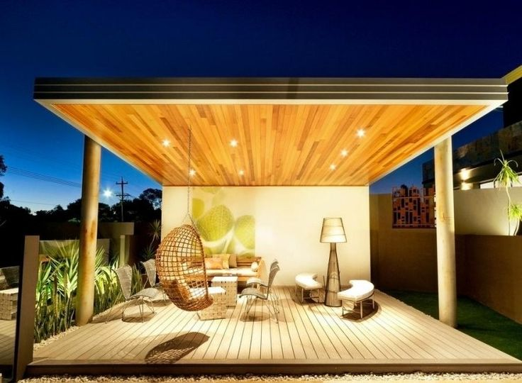 schön beleuchtete überdachte terrasse mit sitzecke | wohnen, Gartenarbeit ideen