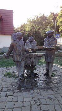 Памятник героям фильма «Мимино» в Дилижане