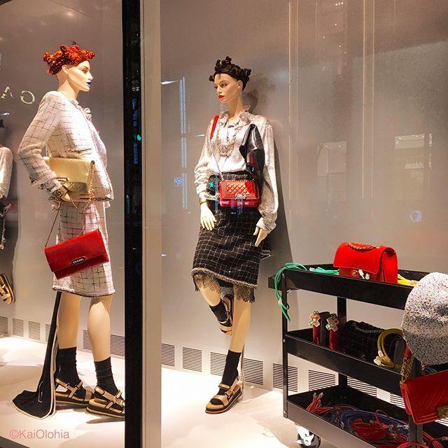 WEBSTA @ kai_olohia - CHANEL @chanelofficial , Ginza, Tokyo, Japan.***#chanel #ginza #windowdisplay #tokyo #fashion #elegant #beautiful #シャネル #銀座 #ウィンドウディスプレイ #ファッション #おしゃれ #igersjp #ig_japan #instagramjapan #instagramersjapan #写真好きな人と繋がりたい #写真撮ってる人と繋がりたい #カメラ好きな人と繋がりたい #ファインダー越しの私の世界