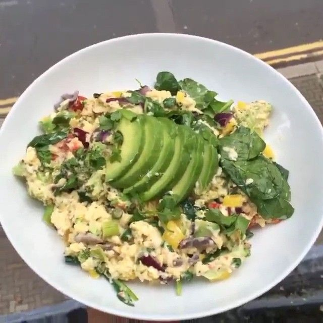Eat fats to get lean!  Try this eggs cooked in @lucybeecoconut with avocado and feta cheese  #Leanin15 #Breakfast #foodie #instacook #videomeals #food