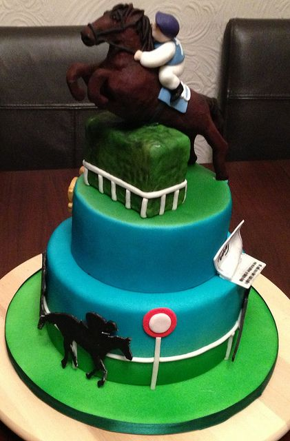horse wedding cake designs 44 best images about racing cakes on 15323