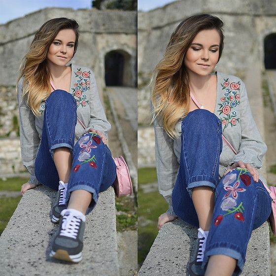Get this look: http://lb.nu/look/8590055  More looks by Tamara Bellis: http://lb.nu/tamarabellis  Items in this look:  Zaful Blouse, Zaful Jeans, Pull & Bear Sneakers   #casual #chic #street