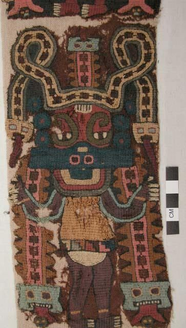 Shoulder poncho, esclavina, Paracas culture, Peru. Peabody Museum, Online Collection.