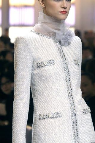Chanel ~ White Jacket details